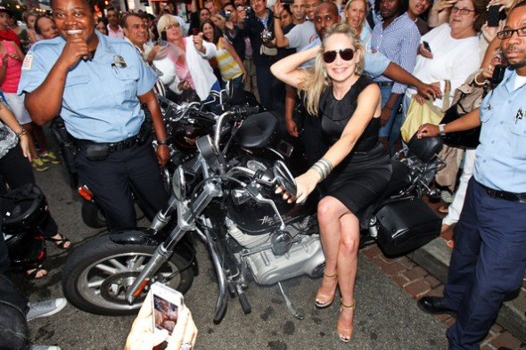 Sharon+Stone+3rd+Annual+Kiehl+Since+1851+LifeRide+jd0xr3_bma5l