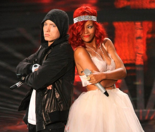 Rihanna-and-Eminem1-802x1024