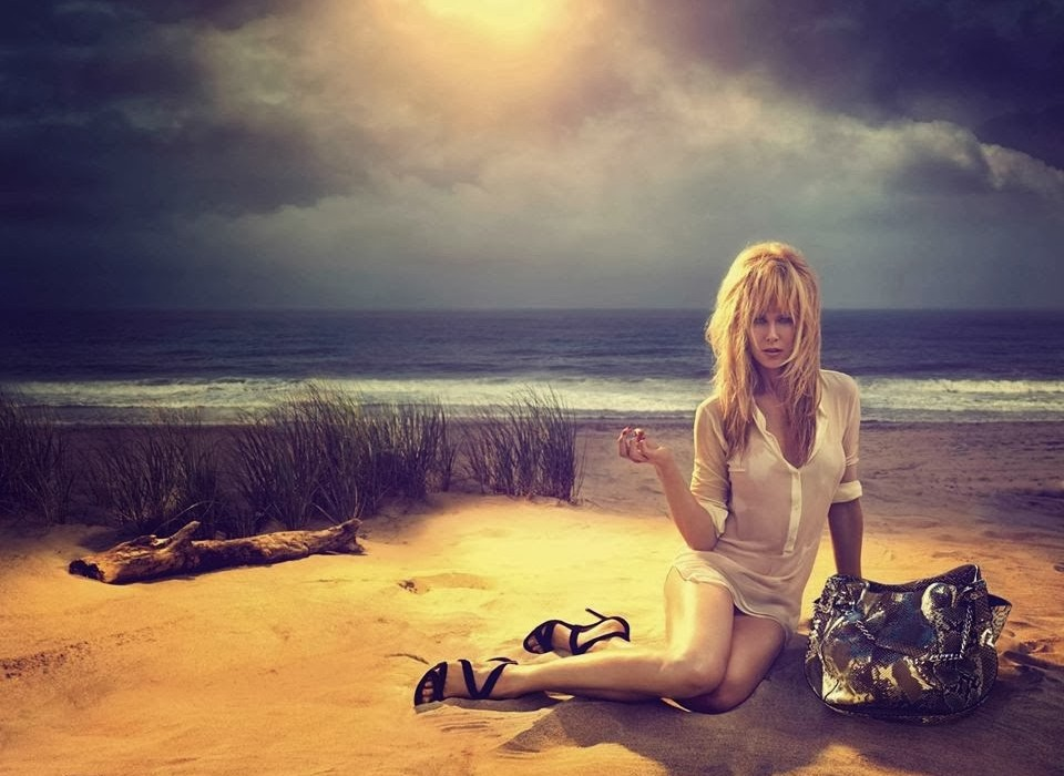 Nicole-Kidman-by-Camilla-Akrans-for-Jimmy-Choo-Resort-2014-Ad-Campaign-960x700