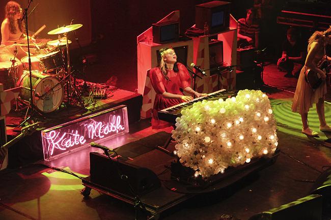 kate_nash_sbe_oct_12_2013_046_650px