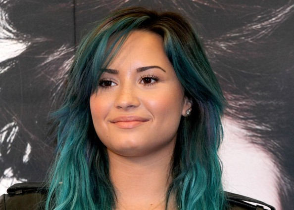 Blue+haired+Lovato+promotes+Mexico+8ltO1zVaJISl