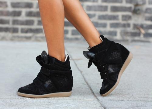 Kendall-Jenner-Wedge-Sneaker-Trend-16