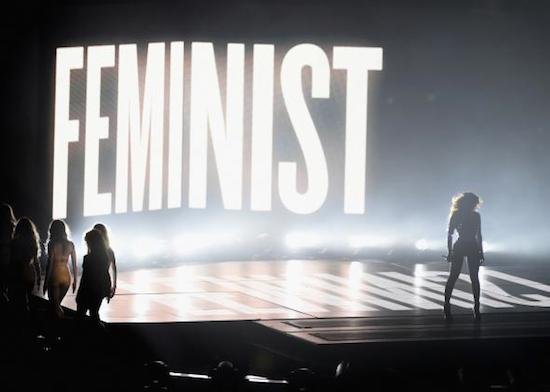 454110136-honoree-beyonce-performs-onstage-during-the-2014-mtv.jpg.CROP.promo-mediumlarge