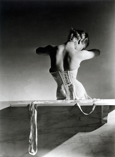 mainbocher_corset