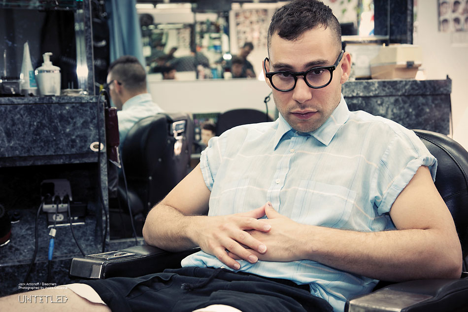 Bleachers-Jack-Antonoff-The-Untitled-Magazine-Photography-by-Indira-Cesarine8
