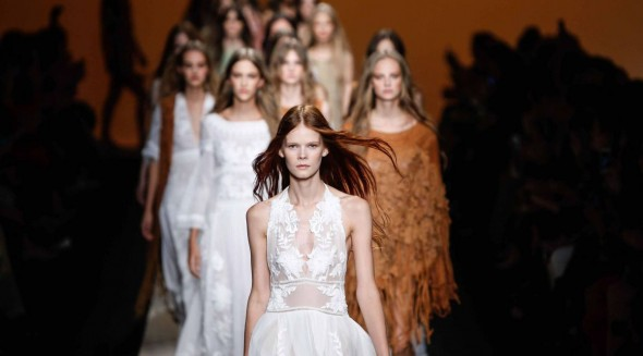 Milan Fashion Week Spring/Summer 2015 - Alberta Ferretti - Catwalk