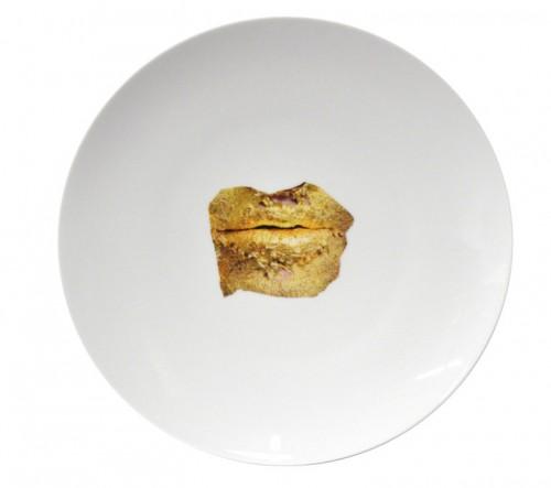 marina-abramovic-plates-760x673