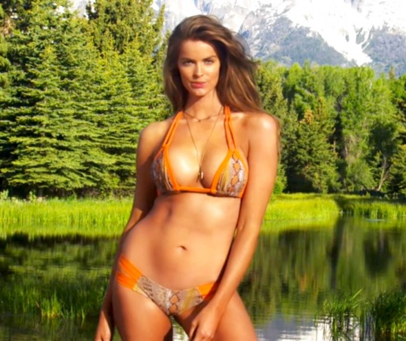 Robyn Lawley for Sports Illustrated Swimsuit