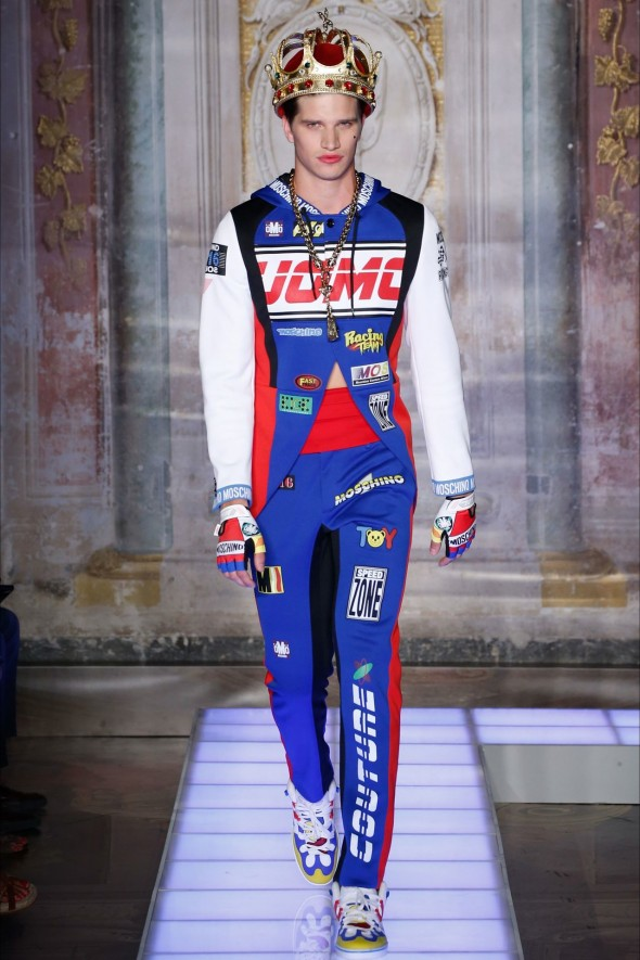 Moschino Spring/Summer 2016 Menswear. Image: style.com