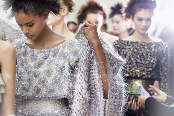 chanel-spring-summer-2014-haute-couture-backstage